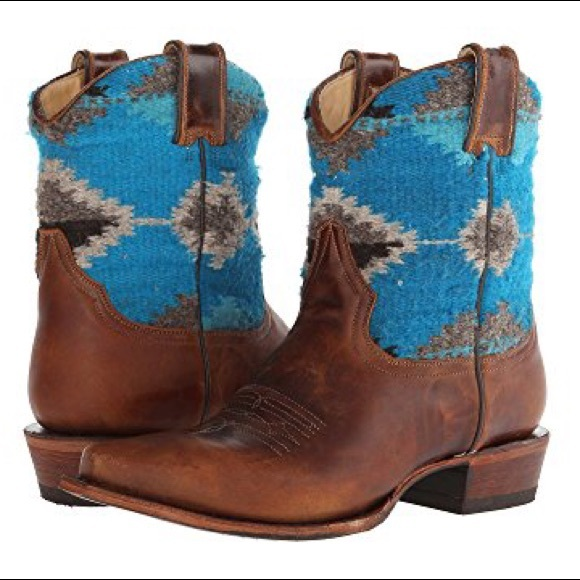 c8cafa8572 Stetson Shoes | Like New Serape Western Boots Size 7 | Poshmark